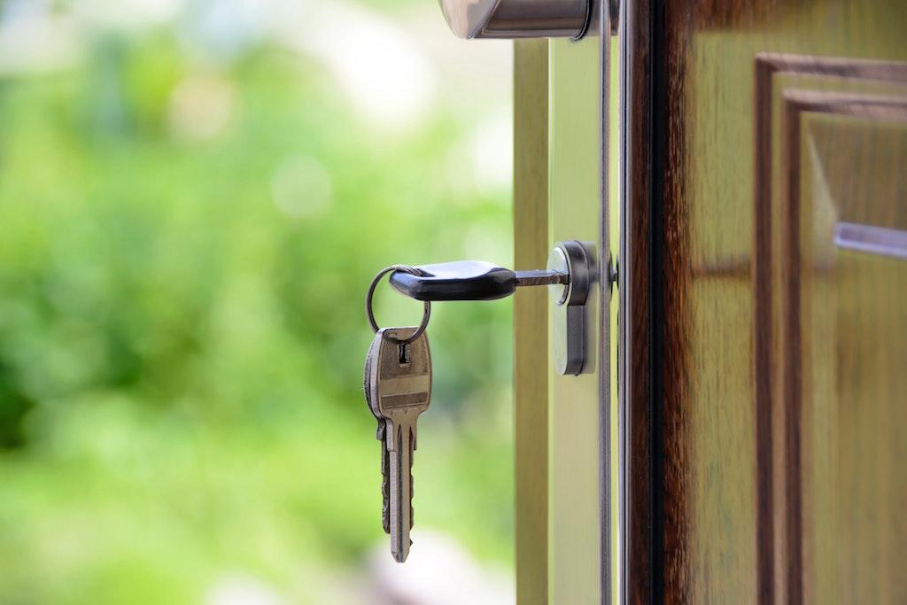 real-estate-key