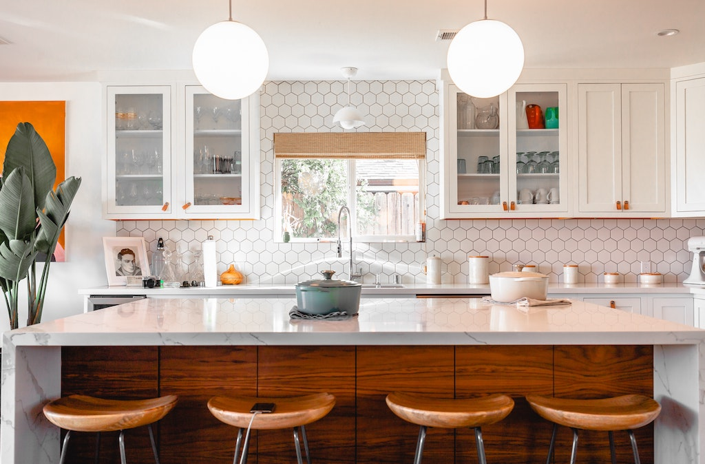 7 Steps to Creating a Clutter-Free Kitchen