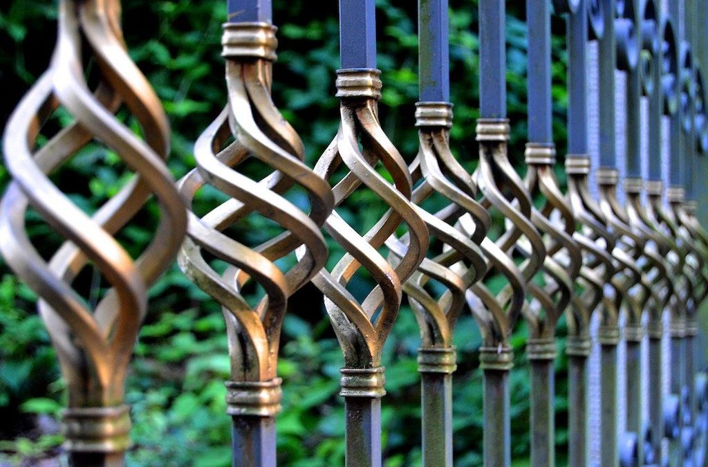 Benefits of Installing a Fence around Your Home