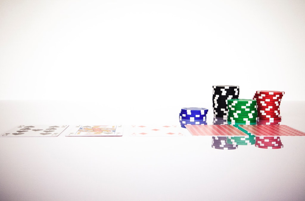 The Best Blackjack Books for Improving Your Game