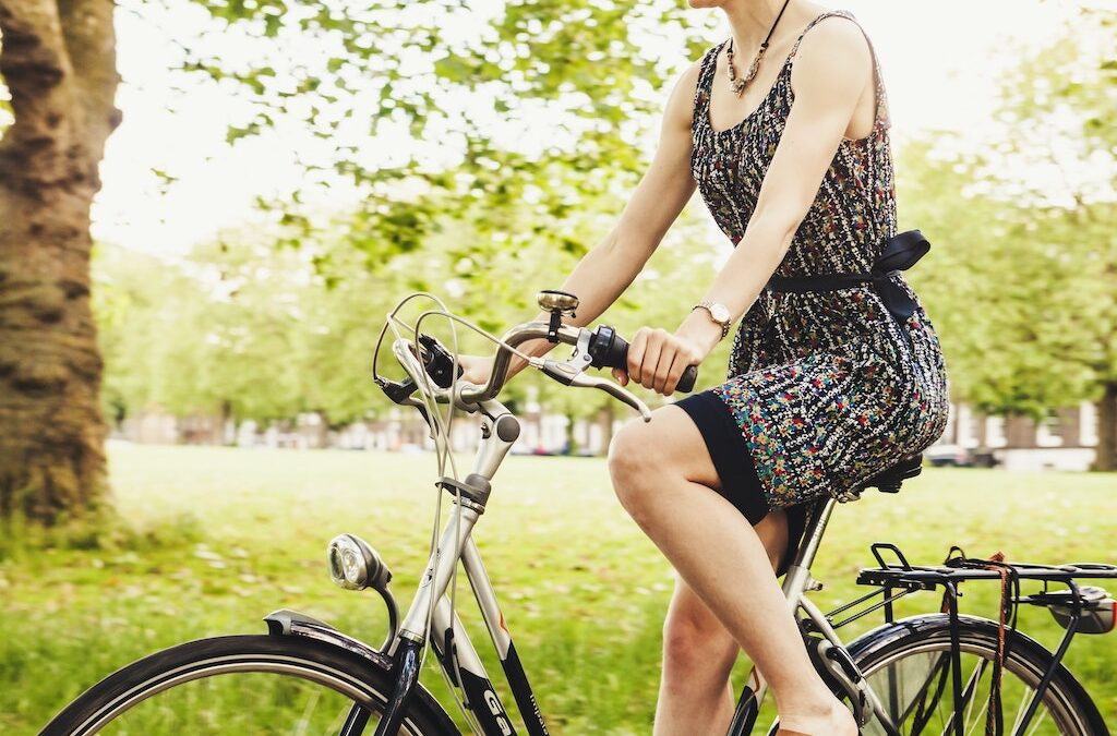 Women's Hybrid Bikes vs Women's Comfort Bikes: Which One Should You Choose?