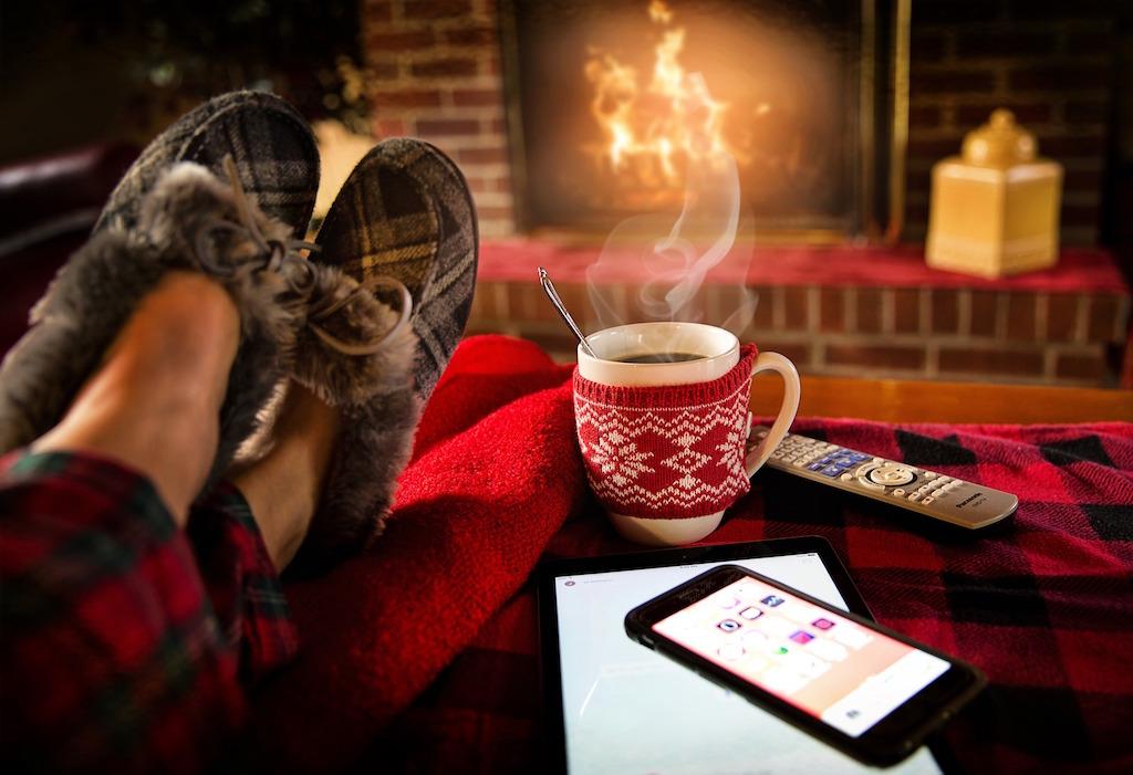 relaxing-cozy-hygge