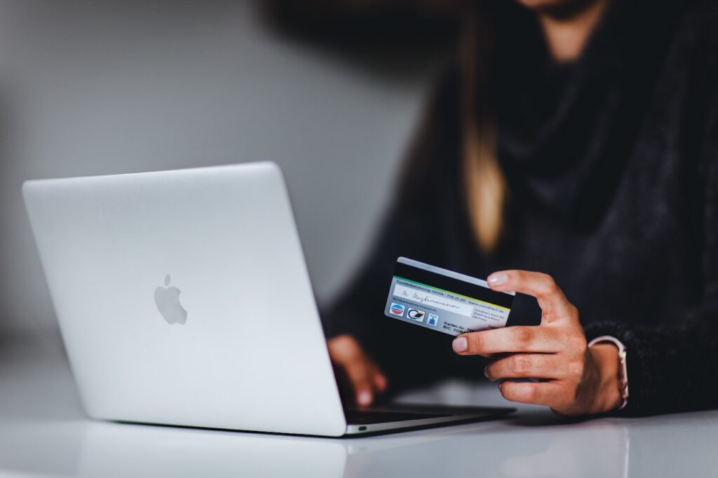 How An Alternative Credit Score Could Help You